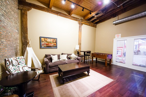littlebeanscafe-chicago-lounge